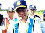 menteri-perhubungan-budi-karya-sumadi-saat-mengunjungi-bandara-i-laga-ligo.jpg