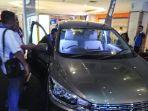 mobil-all-new-ertiga-saat-diperkenalkan-di-atrium-palangkaraya-mal_20180526_204308.jpg