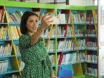 nadia-mulya-selfie-di-perpustakaan-palnam-bnjarmasin.jpg