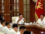 nampak-kim-jong-un-berbicara-dalam-pertemuan-komite-pusat-partai-buruh.jpg