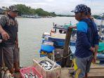 nelayan-desa-muara-kintap-kecamatan-kintap.jpg