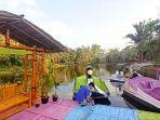 objek-wisata-taman-bambu-air-desa-hauwai-sat.jpg