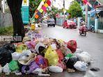 onggokan-sampah-menghiasi-tepian-sejumlah-ruas-di-martapura-selasa-1232019.jpg