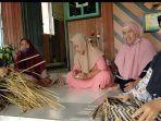 order-produk-kerajinan-tangan-di-kampung-purun-banjarbaru.jpg