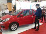 pameran-mobil-honda-trio-motor-di-duta-mall-banjarmasin_20170103_175550.jpg