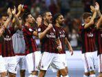 para-pemain-ac-milan-merayakan-kemenangan-mereka-atas-cagliari_20170916_072726.jpg