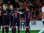 para-pemain-barcelona-merayakan-gol-ke-gawang-granada_20170403_061117.jpg