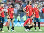 para-pemain-spanyol-meratapi-kekalahan-dari-rusia_20180702_064003.jpg