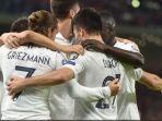 para-pemain-timnas-prancis-merayakan-gol-yang-dicetak-oleh-antoine-griezmann.jpg