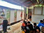 para-relawan-bpk-rangas-alai-membangun-shelter.jpg