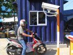 parkir-dengan-sistem-portal-di-barabai-hst_20170313_210829.jpg