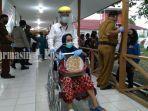 pasien-sembuh-covid-19-diantar-anggota-gugus-tugas-kabupaten-tabalong-selasa-1472020.jpg