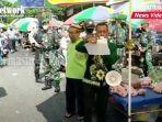 pedagang-pasar-bauntung-pindah-ke-jalan-ro-ulin-kota-banjarbaru-kalsel-kamis-25022021.jpg