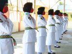 pelajar-sma-anggota-paskibra-upacara-hut-ke-75-ri-kabupaten-hsu-kalsel.jpg