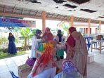 pelaksanaan-pasar-murah-dan-bazar-tti-di-kecamatan-daha-barat11122.jpg