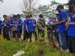 pelatihanproduksi-benih-tanaman-padi-oleh-bbpp-binuang-di-desa-tamban-catur-kabupaten-kapuas.jpg