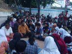 pemain-drama-kolosal-surabaya-membara-doa-bersama.jpg