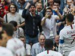 pemain-portugal-cristiano-ronaldo-melakukan-selebrasi-seusai-mencetak-gol_20180625_213328.jpg