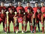 pemain-timnas-u-16-indonesia-berfoto-bersama-sebelum-pertandingan-melawan.jpg