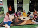 pemantauan-kesehatan-warga-di-kelurahan-syamsudin-noor-banjarbaru-sabtu-11092021.jpg