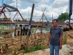 pembangunan-siring-di-tepi-sungai-tabalong-dekat-jembatan-paliwara-amuntai-hsu-07072021.jpg