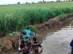 penemuan-mayat-wanita-petugas-evakuasi-jasad-di-tajau-landung-kabupaten-banjar-14082021.jpg