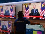 pengumuman-pengunduran-diri-pm-malaysia-muhyiddin-yassin-disiarkan-televisi.jpg