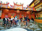 pengurus-banjarmasin-heritage-society-mengunjungi-klenteng-di-jalan-veteran_20170222_200350.jpg