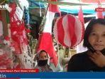 penjual-bendera-atin-di-pasar-taman-sari-kawasan-pasar-lima-banjarmasin-rabu-28072021.jpg