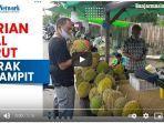 penjual-durian-asal-barut-meramaikan-kota-sampit.jpg