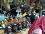 penjualan-kurma-dipasarsudimampir12-3-2019-2_wm.jpg