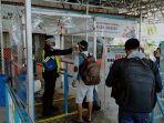 penumpang-kapal-laut-di-pelabuhan-sampit-kabupaten-kotawaringin-timur3.jpg