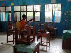 penyemprotan-desinfektan-di-sekolah-kecamatan-jaro-tabalong-kalsel-11072021.jpg