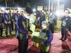 penyerahan-hadiah-dan-trofi-mtqn-ke-52-tingkat-kabupaten-batola-di-kecamatan-belawang-832021.jpg