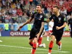 penyerang-kroasia-mario-mandzukic-merayakan-golnya-ke-gawang-denmark_20180707_072741.jpg