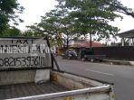 penyewaan-jasa-angkutan-di-kawasan-belitung-darat-banjarmasin-kalsel-sabtu-592020.jpg