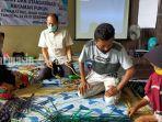 perajin-pelatihan-di-desa-kramat-kecamatan-haur-gading-kabupaten-hsu-kalsel-26122020.jpg