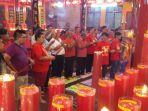 perayaan-imlek-di-klenteng-po-an-kiong-banjarmasin_20180216_092801.jpg