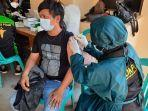 personel-biddokkes-polda-kalsel-melaksanakan-vaksinasi.jpg