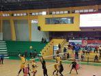 pertandingan-voli-persahabatan-digelar-polda-kalsel-di-gor-hasanuddin-banjarmasin-30062021.jpg