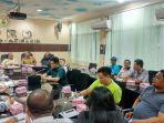 pertemuan-antara-perwakilan-warga-terdampak-proyek-pembangunan-duta-mall-b.jpg