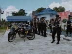 pertugas-patroli-memantau-tempat-penyelenggaraan-tahapan-pilgub-di-palangkaraya.jpg