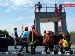 peserta-bersiap-melaksanakan-high-angle-rescue-yang-diadakan-basarnas-banjarmasin-sabtu-23102021.jpg