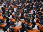 peserta-tes-calon-pegawai-negeri-sipil-cpns-pemerintah-kota-surabaya.jpg