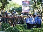 peserta-upacara-terdiri-damkar-linmas-dan-satpol-pp-serta-para-pns-pemkab-hss.jpg
