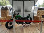 pesona-motor-custom-jokowi-di-iims-motobike-expo-2019.jpg