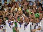 pesta-timnas-jerman-menjadi-juara-piala-dunia-2014_20180613_144110.jpg