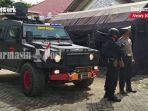 petugas-bersenjata-dan-barakuda-kawal-vaksin-covid-19-tabalong-kalsel-kamis-28012021.jpg