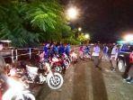 petugas-gabungan-polres-banjarbaru-dan-kodim-1006martapura-amankan-motor-dan-remaja.jpg