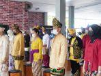 petugas-mengikuti-upacara-hari-lahirnya-pancasila-di-aula-lapas-karang-intan-selasa-01062021.jpg